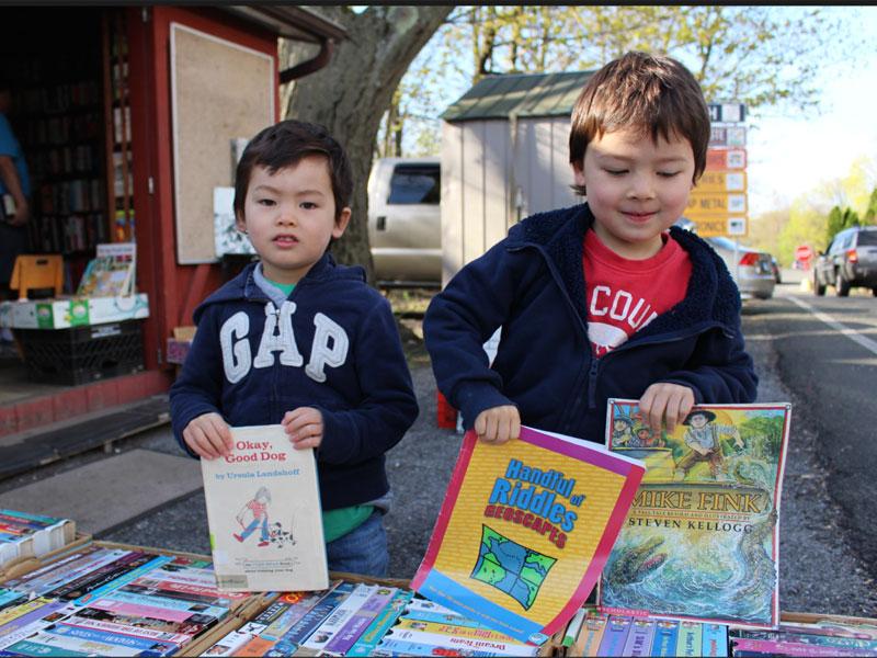 تبادل کتاب برای کودکان را تجربه کنید