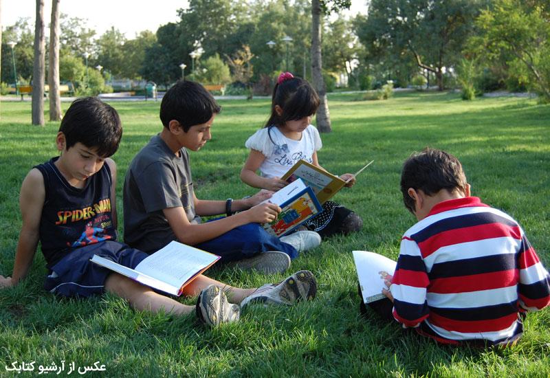 ده دلیل کارشناسان دانشگاهی برای هدیه دادن کتاب به مناسبت تعطیلات و عیدها