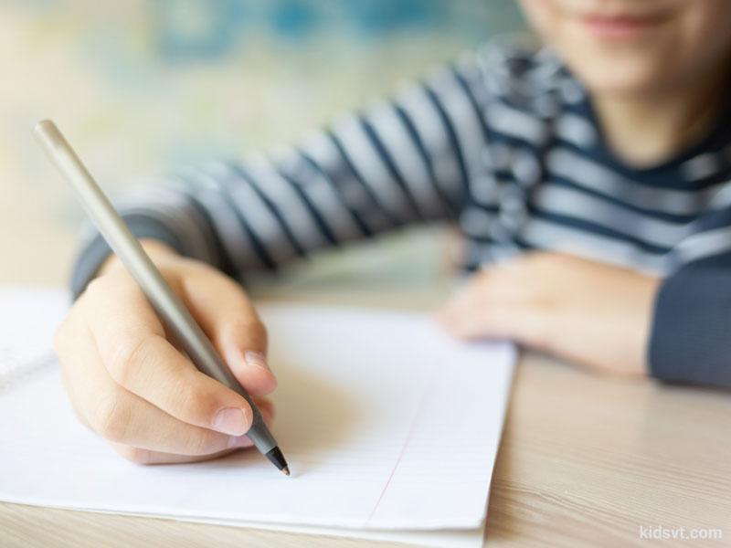 آیا میخواهید مطمئن شوید که کودکان شما درست مینویسند؟