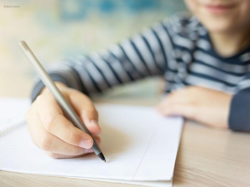 تقویت مهارت نوشتن به کمک خواندن