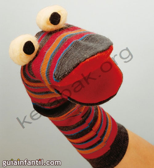 ساخت عروسک دستکشی با جوراب