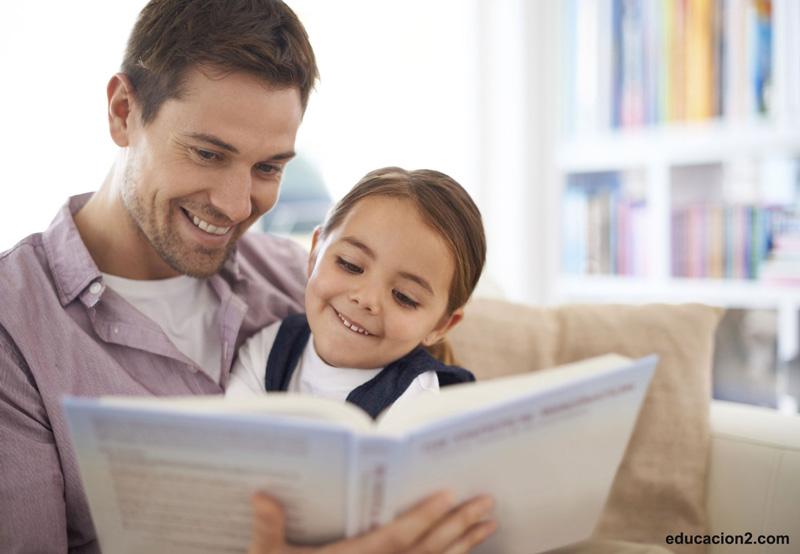 چگونه کودکمان را وارد دنیای کتاب کنیم؟