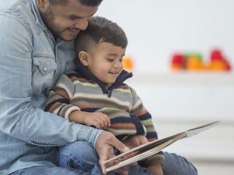اهمیت بلندخوانی برای کودکان