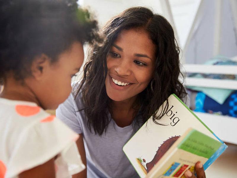چگونه کتابها را به نوزادان، نوپایان و کودکان معرفی کنیم