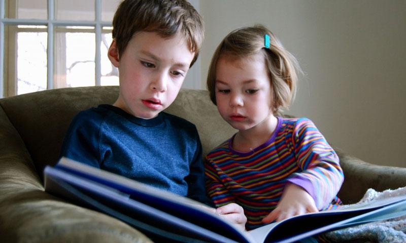 چرا باید از کتاب های تصویری بدون کلام در گفتار درمانی استفاده کنیم
