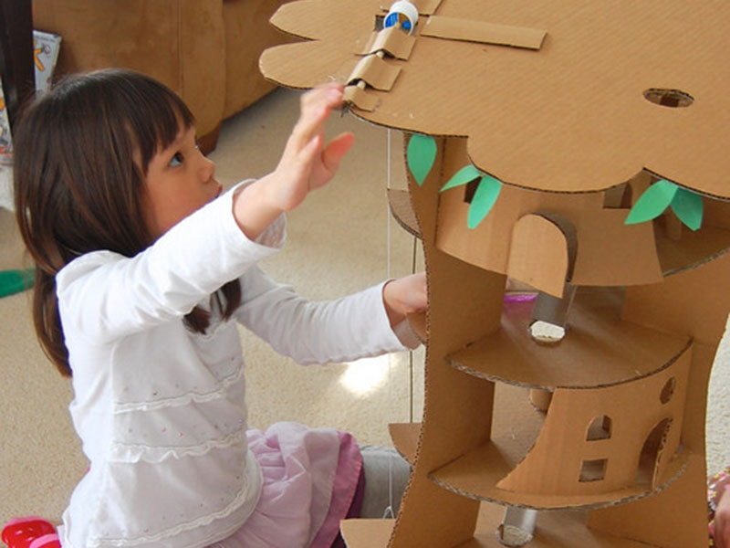 ساخت خانه درختی با مقوا