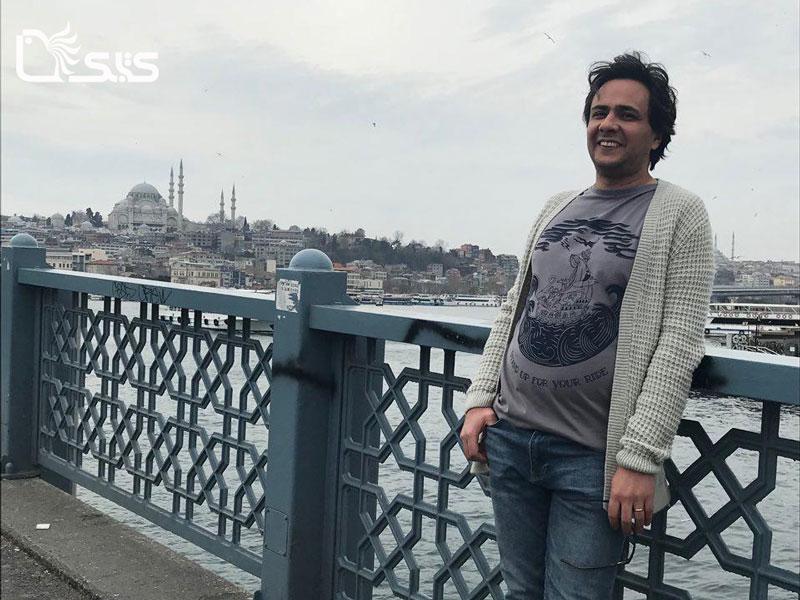 نبود کپی رایت در ایران و سودجویی ناشران