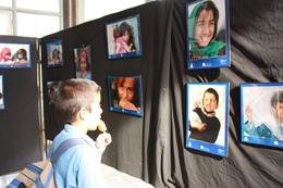 برپایی نمایشگاه عکس از کودکان افغان