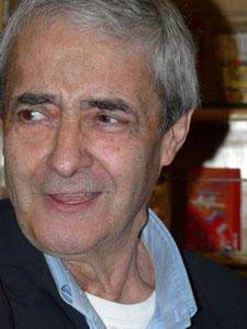 احمد رضا احمدی کاندیدای ایران برای جایزه هانس کریستین آندرسن ۲۰۱۰