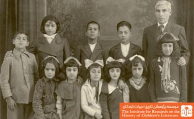 ۱۹ اردیبهشت را روز ملی تئاتر کودک ایران بنامیم!