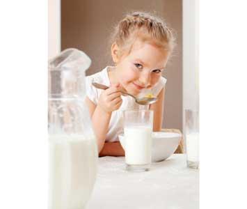 آیا صبحانه خوردن کودکان را باهوش می کند؟