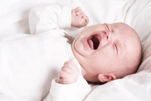 حضور مادر از درد نوزادان میکاهد