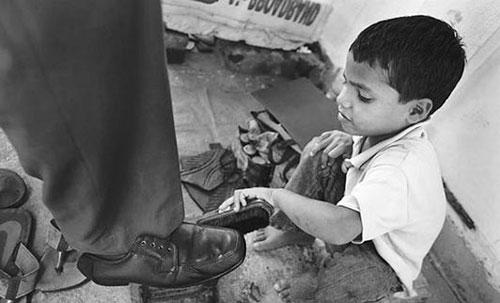 بیانیه انجمن حمایت از حقوق کودکان به مناسبت روز منع کار کودک و مبارزه با کار کود