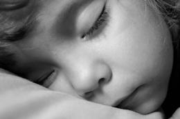 جدول خواب کودکان در شبانه روز