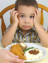 به زور به کودکان غذا ندهید!