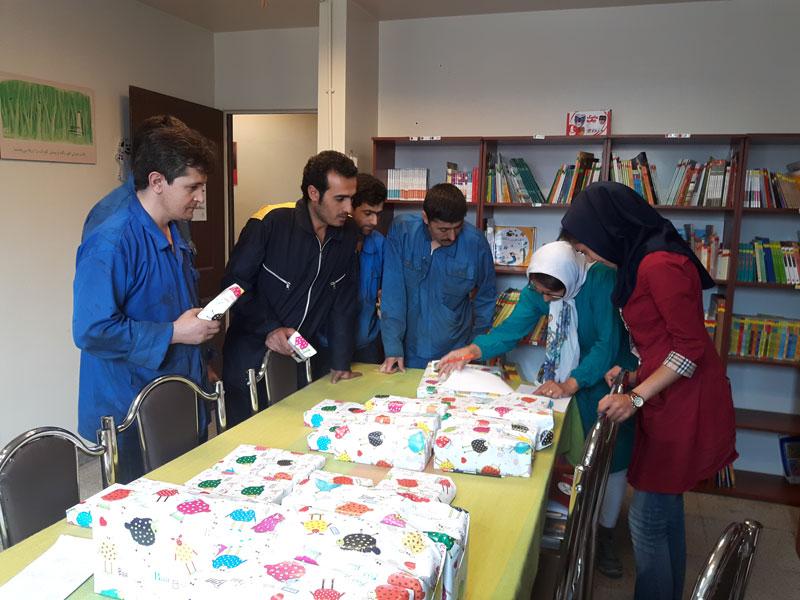 تقدیر از برندگان مسابقه کتابخوانی شرکت سازور سازه آذرستان