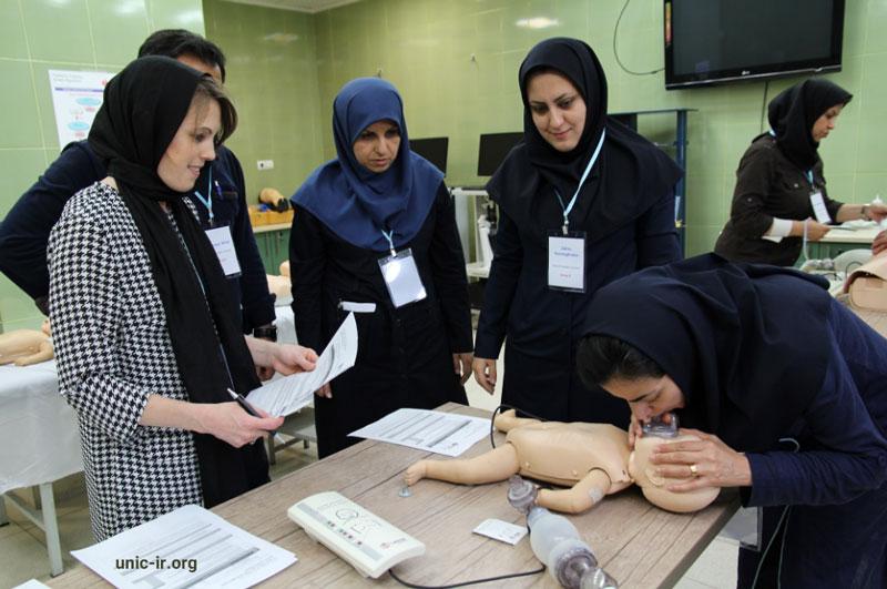 کارگاه مراقبت های حیاتی و احیاء پیشرفته کودکان برای متخصصان طب اطفال برگزار شد