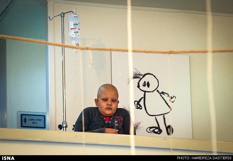 نمایشگاه نقاشی در حمایت از کودکان محک برگزار میشود