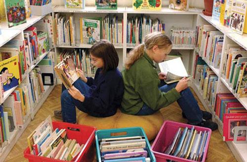 ساخت کتابخانه برای کودکان مهاجر در ایتالیا