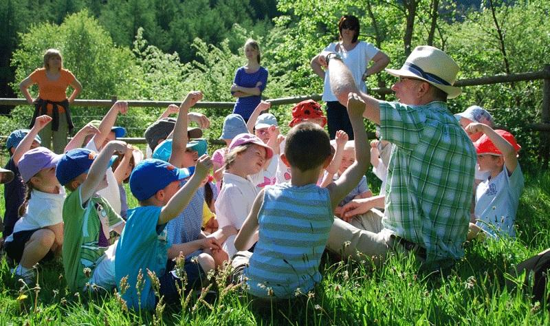 افزایش کیفیت زندگی کودکان با یادگیری در فضای آزاد