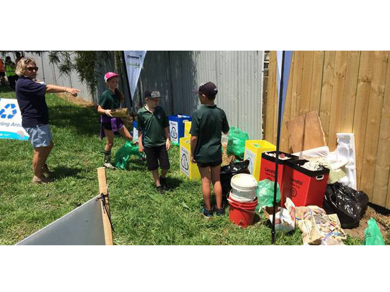 دانشآموزان نیوزیلندی ۴ تن زباله جمعآوری کردند