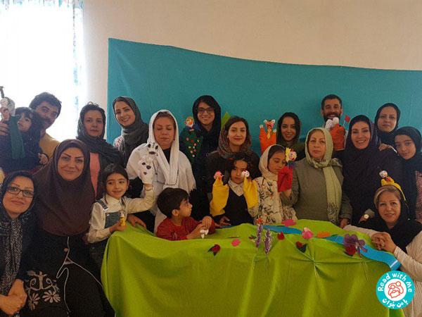 دو کارگاه «با من بخوان» در روستای ارزان فود همدان برگزار شد