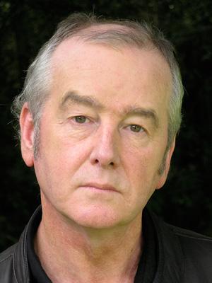 دیوید آلموند