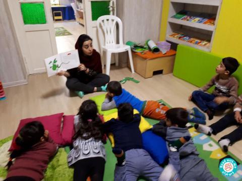 تجربه بلندخوانی داستانک دوم کتاب «آواورزی با سیبیلک» برای کودکان پیشدبستانی