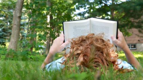 لزوم اختصاص زمان کافی به دانشآموزان برای کتاب خواندن