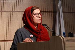 پاسخهای زهره قایینی به انتخاب دوباره فرهاد حسنزاده  برای جوایز جهانی