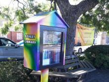 كتابخانه خیابانی