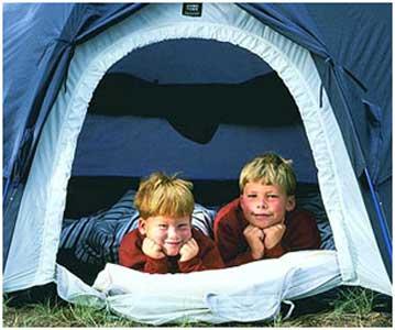 همراه با کودکان در طبیعت اردو بزنید