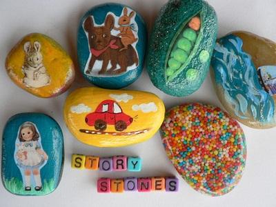 تشویق کودکان به داستان گویی با کاردستی هایی از سنگ و رنگ