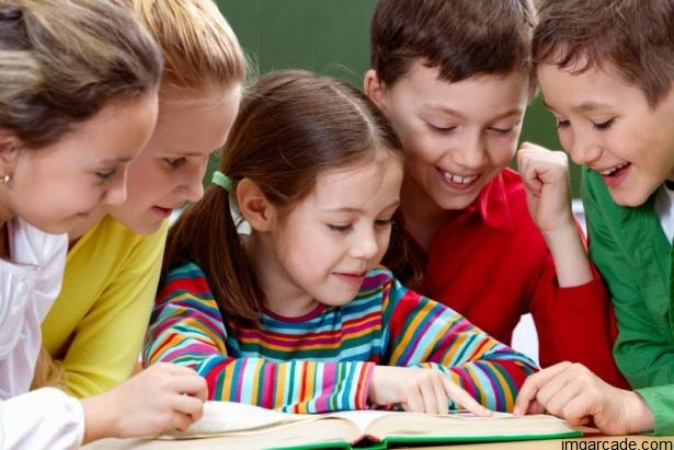 ده مورد مهم در مورد کتابخوانی برای کودکان
