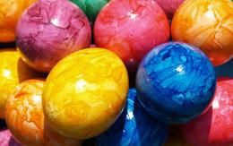 رنگ کردن تخم مرغ با ابر