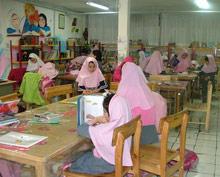کتابخانه دبستان دخترانه دولتی زینبیه (ایرانیان سابق)